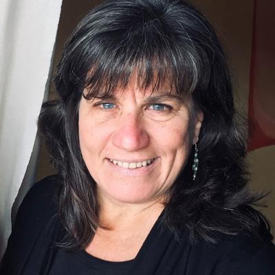 Chiropractor Clarkesville GA Deana Brooksher